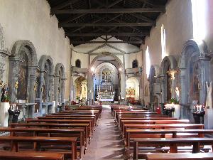 Chiesa di Sant'Ambrogio a Firenze. Interno