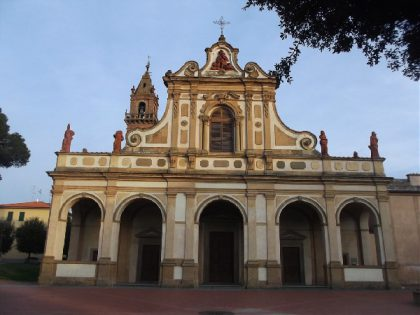 Santuario di Santa Verdiana a Castelfiorentino. Facciata