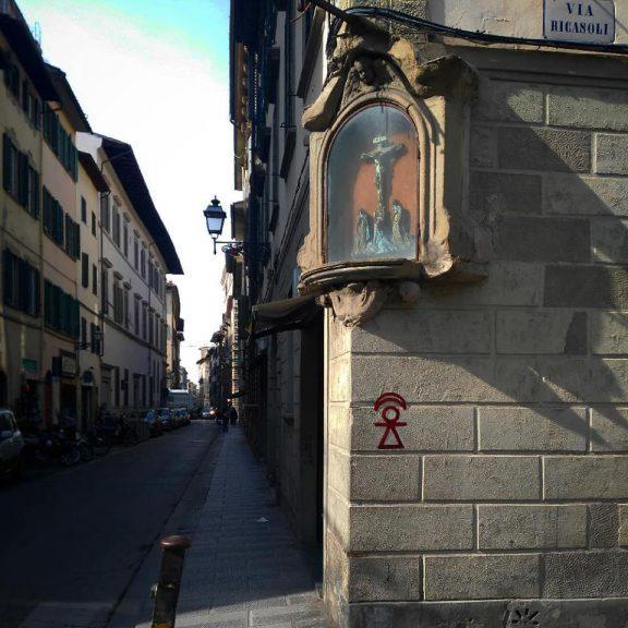 Firenze, angolo Via degli Alfani e Via Ricasoli